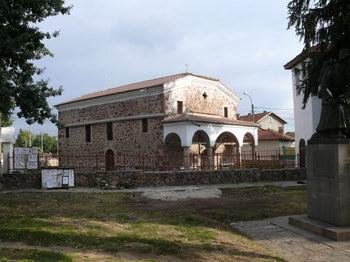 """Църквата """"Св. Николай Мирликийски"""" в с. Негован"""